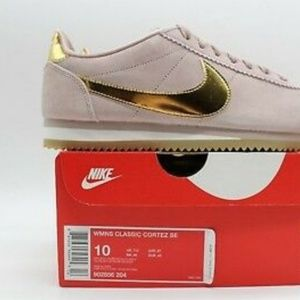 Nike Shoes - Brand New Nike Classic Cortez